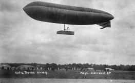 Modelo de dirigible Astra-Torres