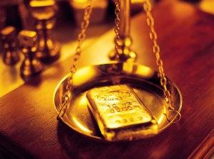 valer su peso en oro