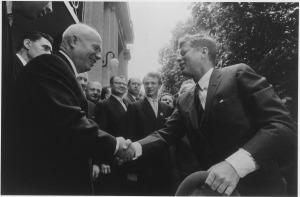 Kruschev y Kennedy