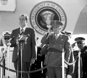 Franco Nixon